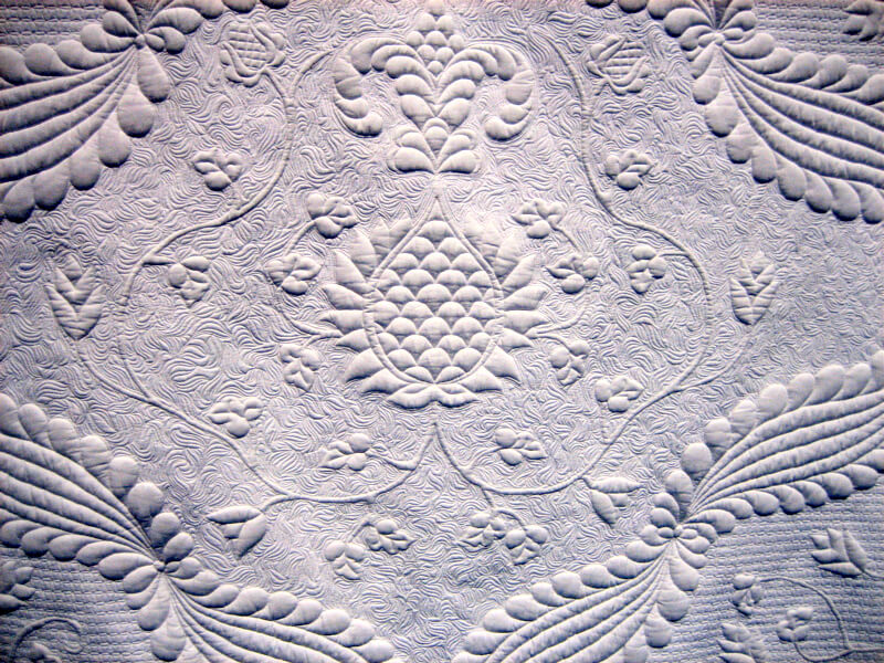 Exquisite whole cloth quilt