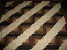 Straight Furrows variation of Amish Log Cabin quilt block