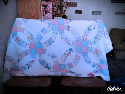 Precious Double Wedding Ring Quilt